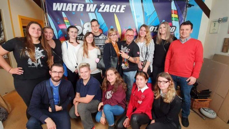 Młodzi Liderzy na spotkaniu z Jurkiem Owsiakiem.