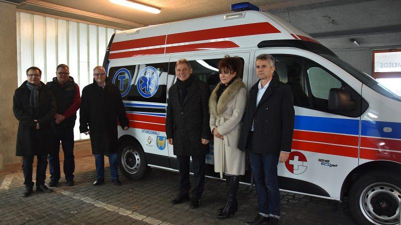 Nowa karetka w Wojewódzkim Szpitalu Specjalistycznym nr 3 w Rybniku.