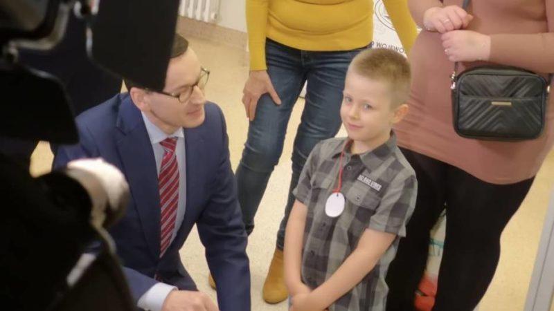 6-letni Rafał z Rybnika uratował swoją mamę. Podziękował mu premier
