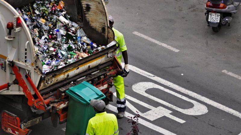 Będą podwyżki za śmieci. Kiedy? Co na to radni?