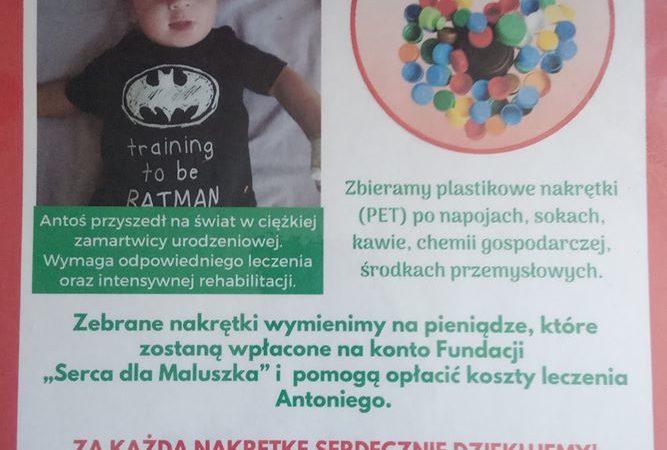OSP Książenice zbiera nakrętki dla chorego Antosia