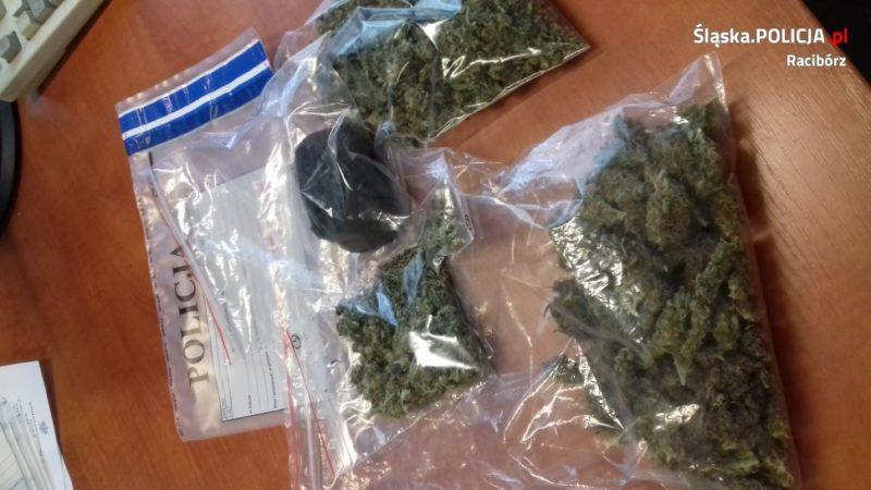 Zatrzymani za posiadanie marihuany i haszyszu