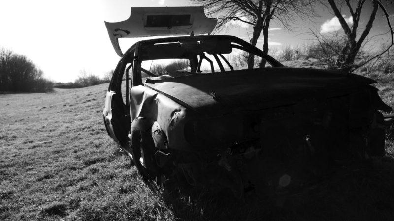 Uszkodził cztery samochody na kwarantannie