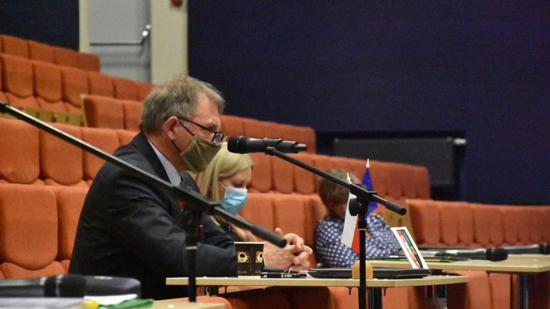 Burmistrz Janiszewski szykuje kolejne podwyżki za wywóz odpadów?
