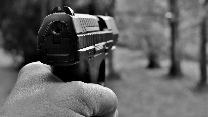 Postrzelił 12-letniego syna swojej partnerki. Jest areszt