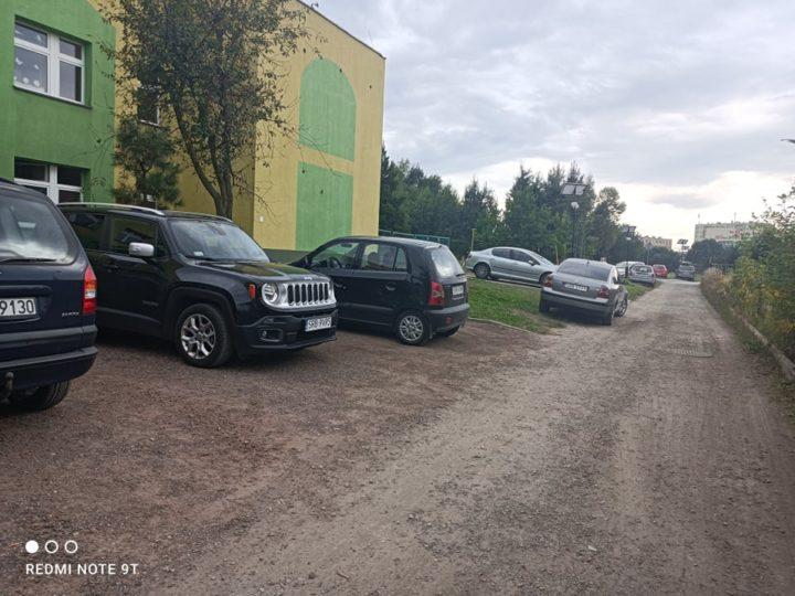 Trudna droga dojazdowa do Zespołu Szkół Specjalnych im. W. Sherborne